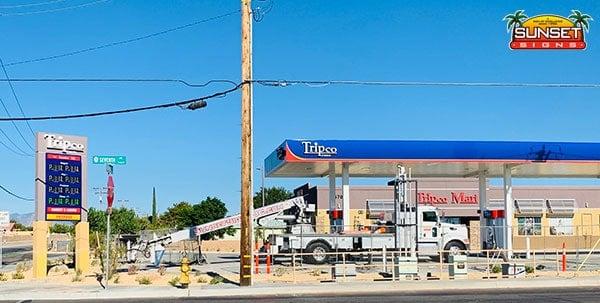 Petroleum Sign Service